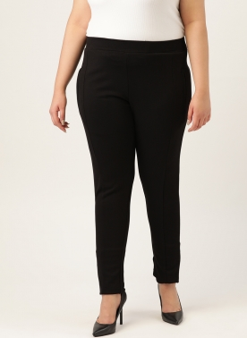 Women Black Solid Slim Fit Jeggings