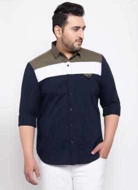 Men White & Navy Blue Regular Fit Striped Casual Shirt