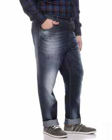 a Enzyme wash Denim with regular fit