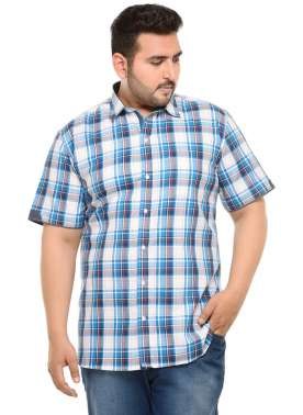 PlusS Men Blue Comfort Fit Checked Casual Shirt