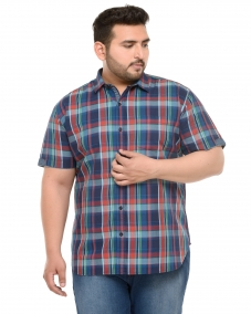 PlusS Men Green & Navy  Regular  Fit Checked Casual Shirt