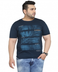 plusS Men Navy Printed Regular Fit Round Neck T-shirt