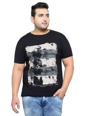 plusS Men Black Printed Regular Fit Round Neck T-shirt