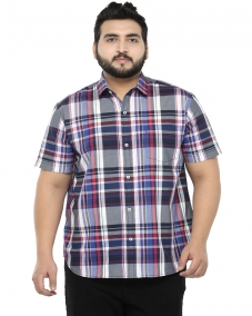 plusS Men White Comfort Fit Solid Casual Check Shirt