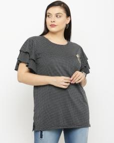 plusS Women Black & White Floral Print Round Neck T-shirt