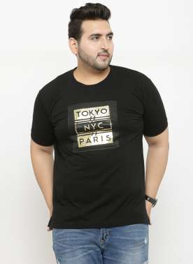 plusS Men Black Printed Regular Fit Round Neck T-shirt