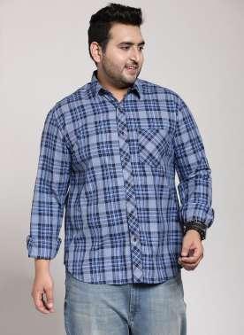 plusS Men Blue & Navy Regular Fit Checked Casual Shirt