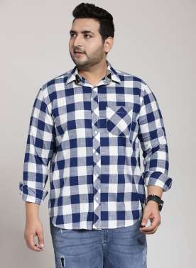 plusS Men Navy Blue & White Regular Fit Checked Casual Shirt