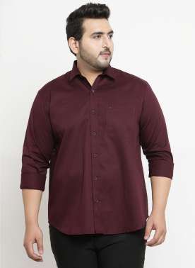 plusS Men Burgundy Comfort Regular Fit Solid Casual Shirt