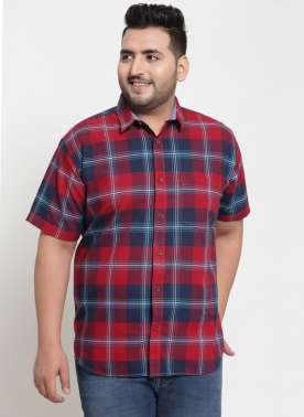 PlusS Men Red & Navy Blue Regular Fit Checked Casual Shirt