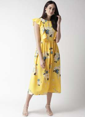 plusS Women Yellow & White Floral Print Fit & Flare Dress