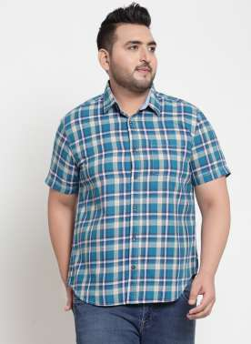plusS Men Blue & Cream-Coloured Regular Fit Checked Casual Shirt