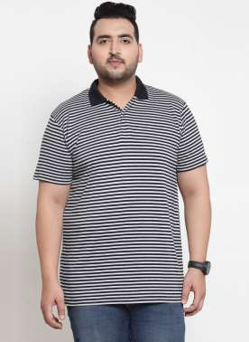 Men Black Striped Polo Collar T-shirt