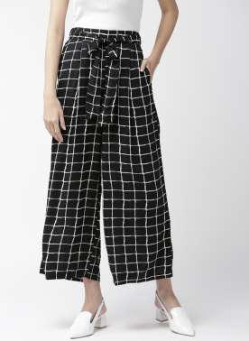 Women Black & White Checked Wide Leg Fit Palazzos