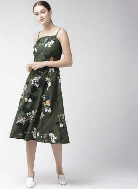 Women Olive Green & Off-White Printed Fit & Flare Dress