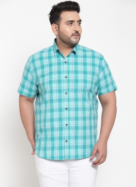 Men Navy Blue & White Regular Fit Checked Casual Shirt