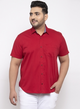 Men Red Regular Fit Solid Casual Shirt