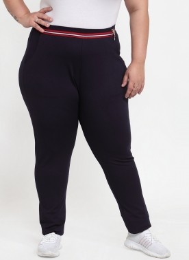 Women Navy Blue Solid Slim-Fit Treggings
