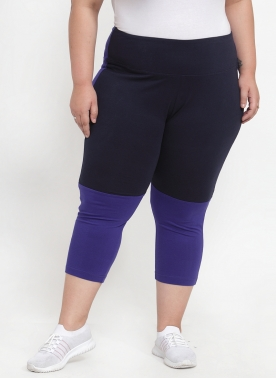 Women Blue Solid Regular Fit Capris