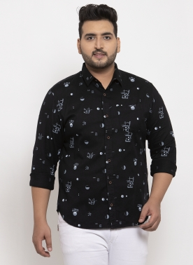 Men Black & White Regular Fit Printed Casual Shirt