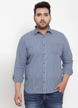 Men Blue & Black Regular Fit Checked Casual Shirt